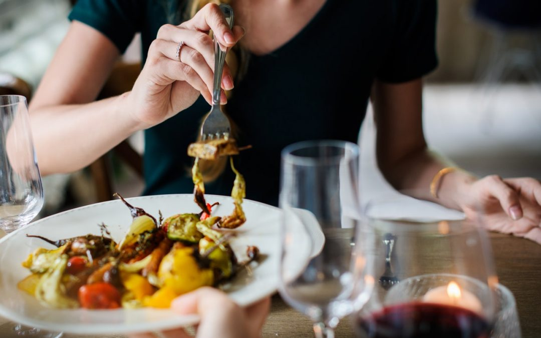 How Restaurants Can Use Influencer Marketing To Attract More Table Bookings